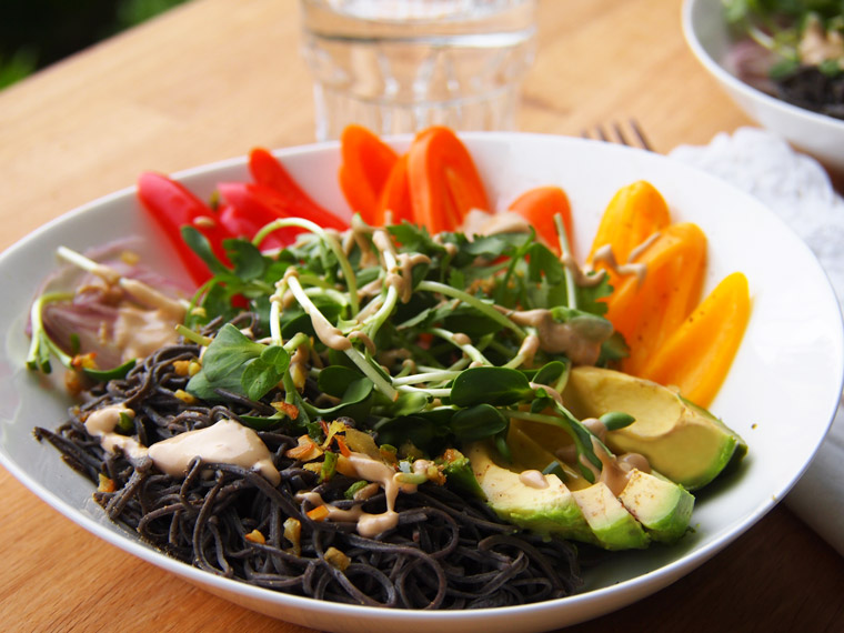 Black Bean Spaghetti Bowl / Tahini Dressing {Vegan}