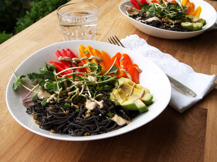 Black Bean Spaghetti Bowl | Tahini Dressing {Vegan}