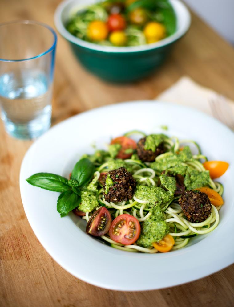 Zucchini Pesto Pasta with Chia Mushroom Meatballs {Vegan}